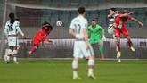 Cristiano Ronaldo membuktikan masih layak menjadi kapten timnas Portugal setelah membawa timnya menang atas Luksemburg.