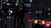 Mabes Polri diserang oleh pelaku bersenjata, Rabu (31/3). Pelaku dilumpuhkan petugas. Belum diketahui asal pelaku penyerangan.