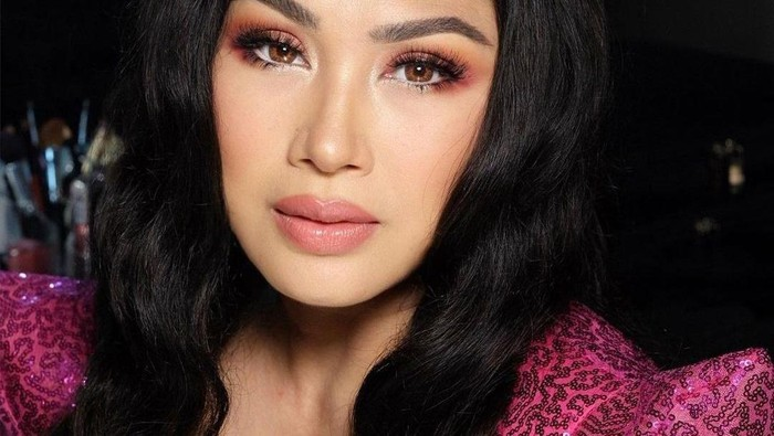 Pesona 4 Penyanyi Wanita Indonesia Era 90-an yang Kini Makin Memukau