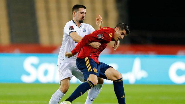 Timnas Spanyol akan menghadapi timnas Swedia di Euro 2020 (Euro 2021). Berikut prediksi susunan pemain kedua tim.