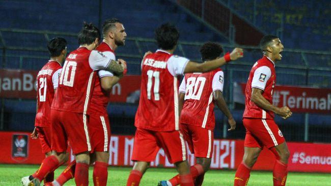 Persija Jakarta melangkah ke final Piala Menpora 2021 setelah menang adu penalti atas PSM Makassar di Stadion Manahan, Solo, Minggu (18/4) malam.