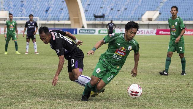 Berikut jadwal siaran langsung PSS vs Bali United di Piala Menpora 2021 di Stadion Si Jalak Harupat, Senin (12/4).