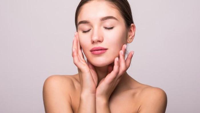 Rekomendasi Skincare Multifungsi, Cocok Buat yang Suka Mageran!