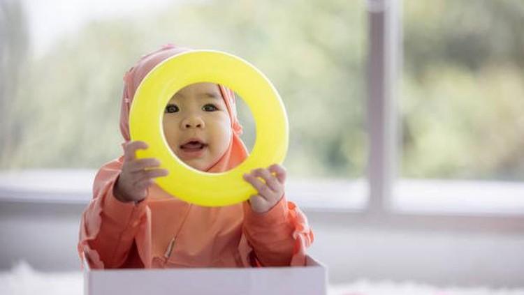 Bunda tertarik untuk memberi nama bayi perempuan dengan inspirasi dari Al-Qur'an? Baca di sini, Bun!