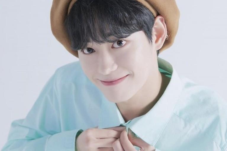 idol lahir april