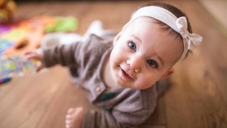 Coba yuk memberikan nama bayi perempuan Bunda dari bahasa Latin.Kami pilihkan yang unik dengan arti tak kalah bagus dengan bahasa lainnya. Simak, ya!