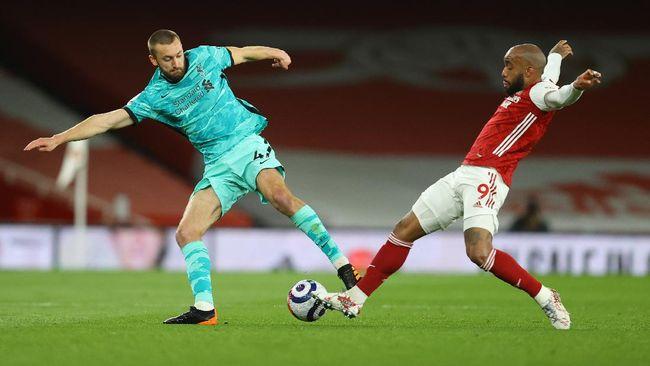 Klasemen Liga Inggris mengalami perubahan setelah Liverpool sukses mengalahkan Arsenal 3-0 di Stadion Emirates, Minggu (4/4) dini hari WIB.