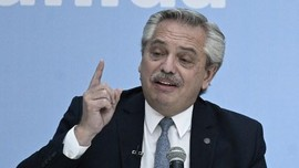 Presiden Argentina Positif Covid Usai Disuntik Vaksin Sputnik