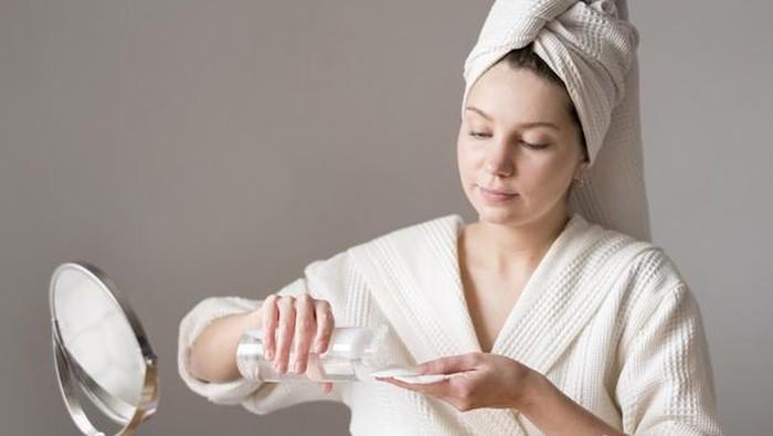 Jangan Cepat Ganti Skincare, Bahan Aktif Juga Butuh Waktu untuk Bekerja!
