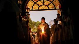 FOTO: Khidmat Perayaan Paskah di Berbagai Belahan Dunia