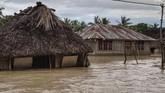 Banjir bandang memporak-porandakan sejumlah wilayah di Nusa Tenggara Timur. Puluhan orang dilaporkan meninggal dalam peristiwa, Minggu (4/4).