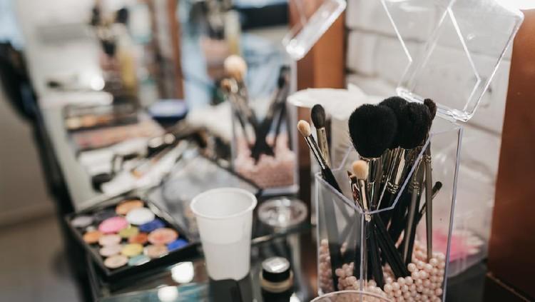 Beauty make up salon