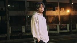 Chanyeol EXO di Tengah Sepi Malam dalam Video Musik Tomorrow