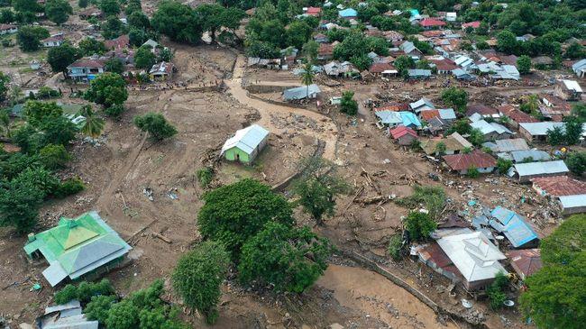 Wagub NTT Josef Nae Soi mengoreksi data korban meninggal akibat banjir bandang adalah 178 orang, bukan 179 karena ada data ganda.