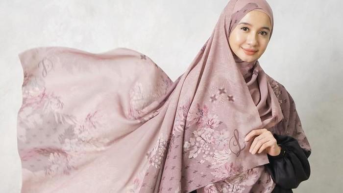7 Tips Styling Hijab Laudya Cynthia Bella