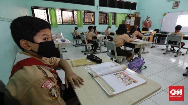 Pemerintah mencatat 33,63 persen sekolah sudah melakukan pembelajaran tatap muka (PTM) di tengah pandemi covid-19.