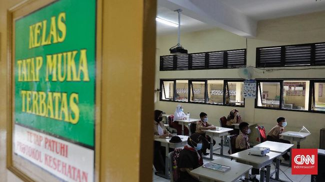 Dinas Pendidikan DKI menyatakan sekitar 610 sekolah yang akan mengikuti pembelajaran tatap muka, mulai dari jenjang SD hingga SMK. Termasuk 15 sekolah madrasah.