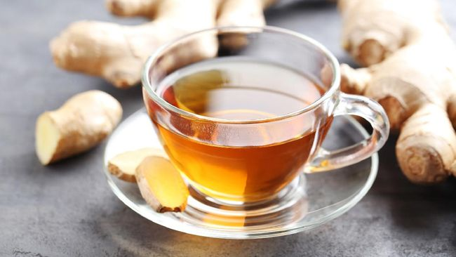 Secangkir teh jahe manis yang hangat untuk berbuka puasa pasti bisa menghilangkan dahaga setelah seharian puasa. Berikut resep praktisnya untuk Anda.