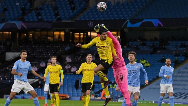 Duel sengit akan tersaji saat Borussia Dortmund menghadapi Manchester City pada leg kedua perempat final Liga Champions.