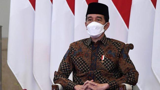 Jokowi meminta seluruh jajaran di daerah memantau sejumlah parameter penanganan pandemi Covid-19 secara berkala untuk mengantisipasi peninkatan kasus Covid-19.