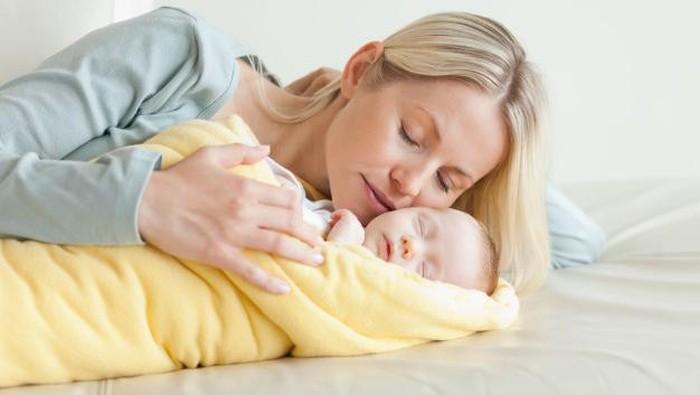 10 Kesalahan Orang Tua Baru yang Sering Dilakukan Saat Menidurkan Bayi