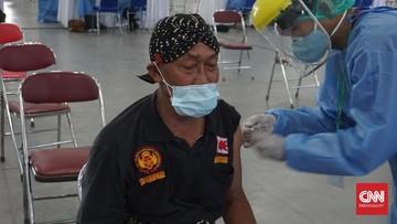 abdi dalem keraton yogyakarta menerima vaksin covid 19 169