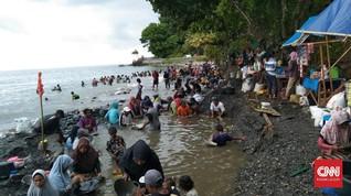 Balita Tenggelam saat Ikut Ortu Cari Emas di Pantai Maluku