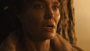 7 Film Action yang Dibintangi Angelina Jolie