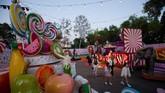 Taman hiburan ini memadukan konsep Burning Man dan rumah Willy Wonka. Tak hanya anak-anak, pengunjung dewasa juga dipersilakan masuk.