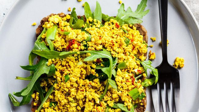 Tahu telur orak arik merupakan resep praktis yang dibuat saat makan sahur. Berikut resep tahu telur orak arik.