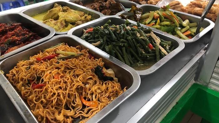 Catat Nih, Menu Makanan Murah dan Sehat dari Warteg untuk Anak Kos
