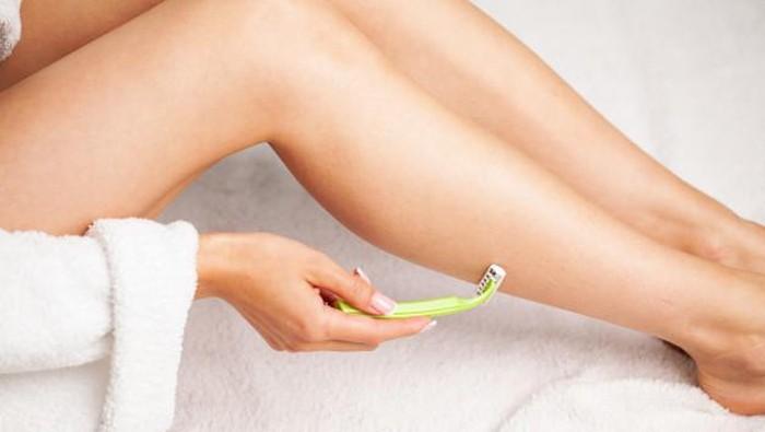5 Tips untuk Mencegah dan Merawat Rambut yang Tumbuh ke Dalam