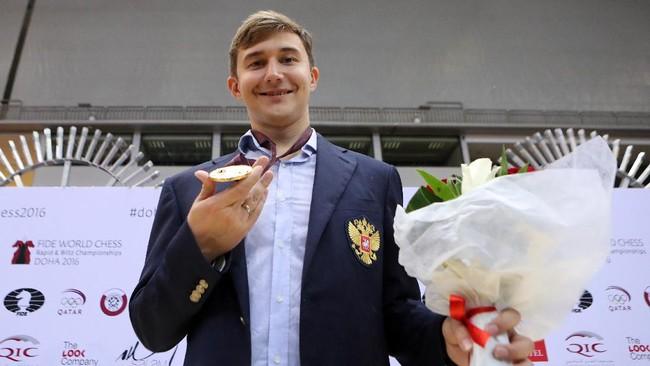 Nepomniachtchi Lawan Terbaik Carlsen untuk Juara Dunia 2021