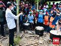 Jokowi Janji Bangun Kembali Rumah Warga Korban Banjir NTT