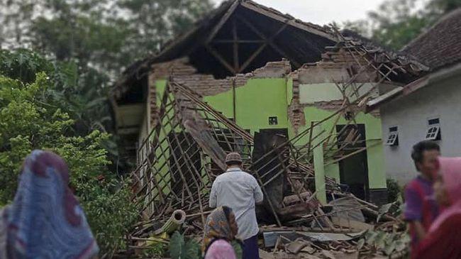 Gempa Susulan Terjadi 3 Kali Bmkg Minta Warga Jatim Waspada