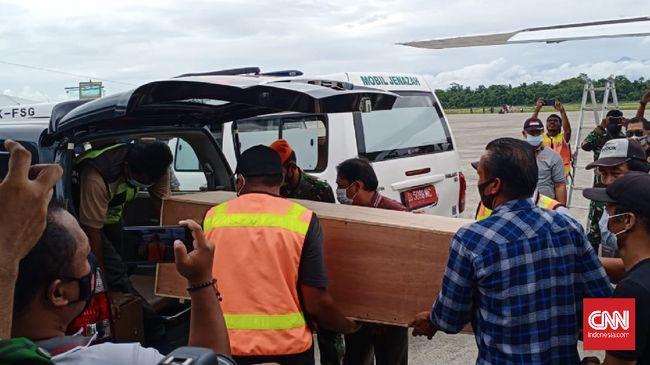 P2G juga meminta kepada para pihak yang terlibat konflik di Papua tak menyeret guru dan siswa untuk terlibat.