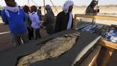 Sekelompok Arkeolog menemukan kota kuno terbesar di Mesir yang terkubur gurun pasir selama 3.000 tahun.