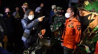 Risma Buka Peluang Relokasi Rumah Warga Korban Gempa Malang