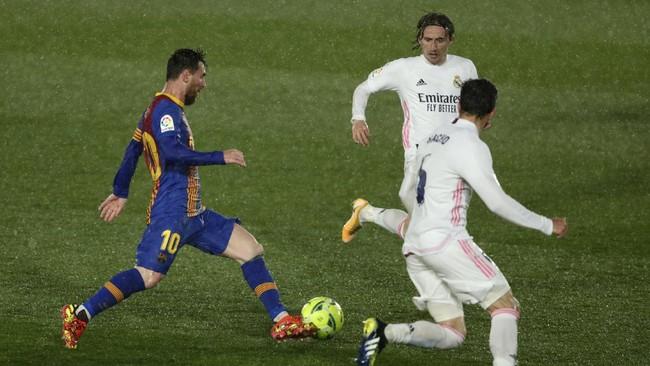 Lionel Messi gagal membawa Barcelona menang di El Clasico. Dengan kontrak habis di akhir musim, apakah ini jadi El Clasico terakhir Messi?
