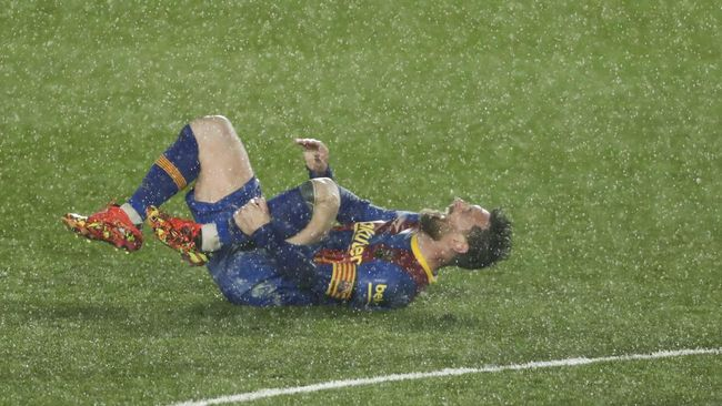 Laga final Copa del Rey antara Athletic Bilbao vs Barcelona bisa jadi penentu masa depan Lionel Messi di Blaugrana.