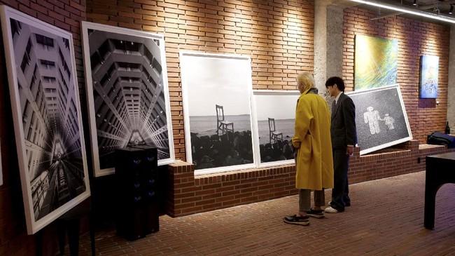 Dua bintang K-pop Song Min-ho dan Kang Seung-yoon akan memamerkan karya mereka pada ekshibisi seni di London.
