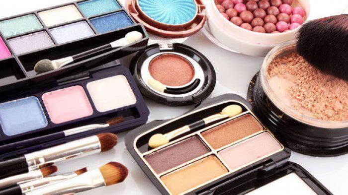 Hati-hati, Inilah Bahaya Menggunakan Makeup Kedaluwarsa