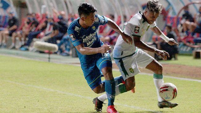 PT Liga Indonesia Baru menargetkan izin dari kepolisian untuk menggelar Liga 1 2021 bisa keluar pada awal Mei.