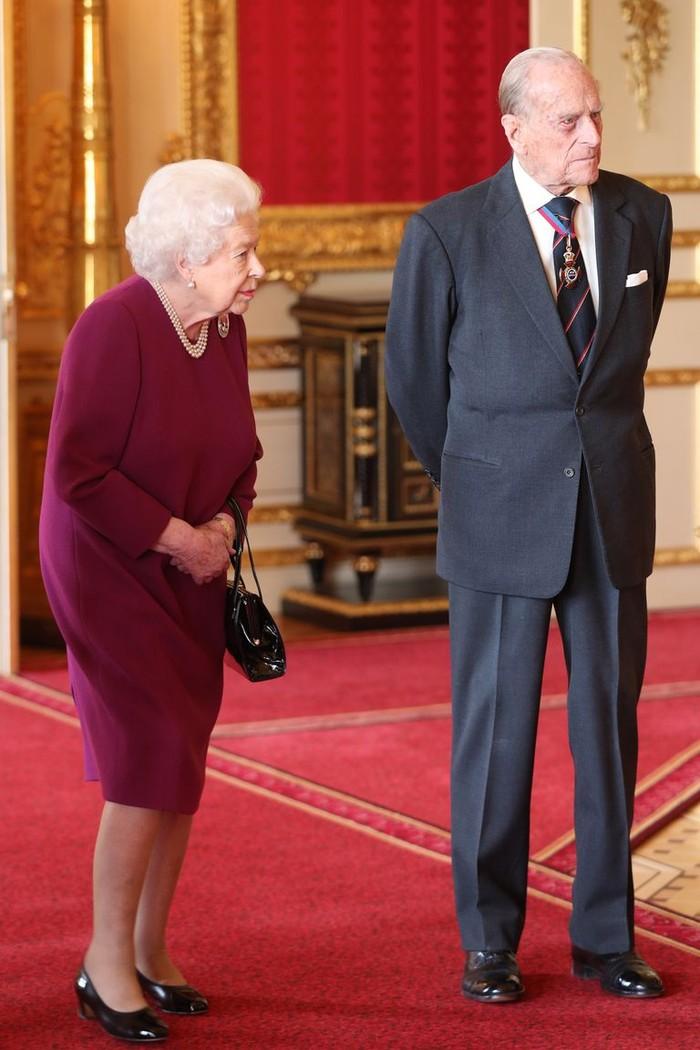 Prince Philip ketika pensiun sebagai royals tahun 2017. Foto: oprahdaily.com