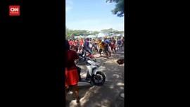 VIDEO: 2 Perguruan Silat Tawuran, Belasan Orang Terluka