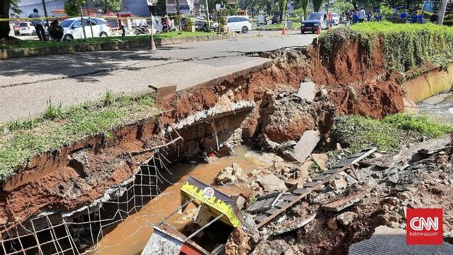 Jalan Depok Amblas, DPRD Akan Panggil Pengembang dan Dinas