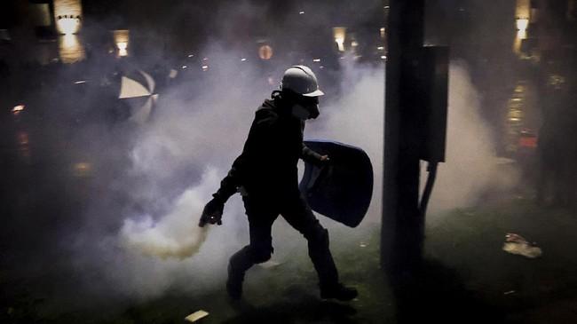 FOTO: Huru-hara Penembakan Kulit Hitam di AS Kian Membara