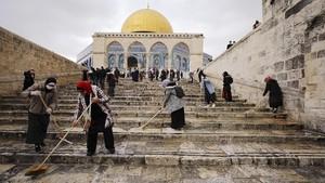 FOTO: Kompleks Masjid Al Aqsa Bersolek saat Ramadan