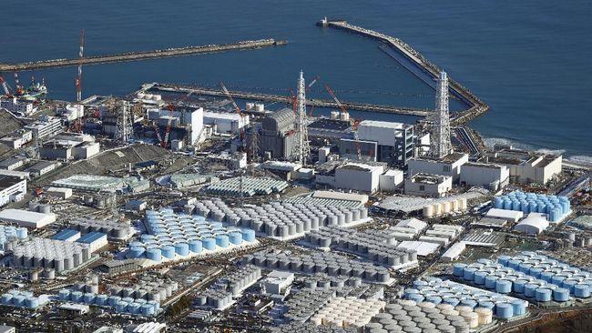 Jepang bakal membuang 1,25 juta ton air tercemar zat radioaktif dari PLTN Fukushima ke laut.