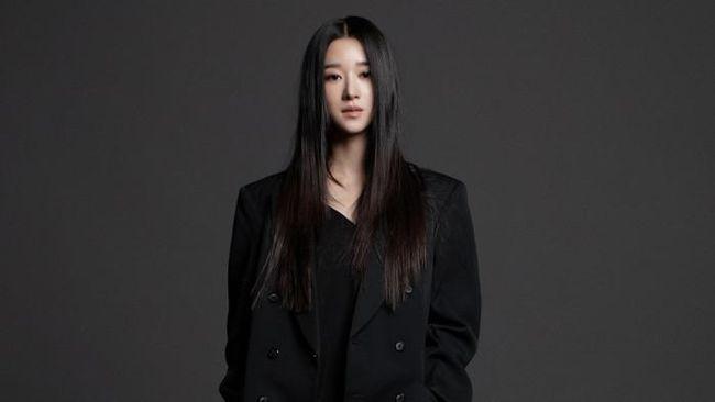 Seo Yea-ji disebut-sebut menjadi penyebab dari sikap dingin Kim Jung-hyun terhadap Seohyun SNSD saat membintangi drama Time pada 2018.